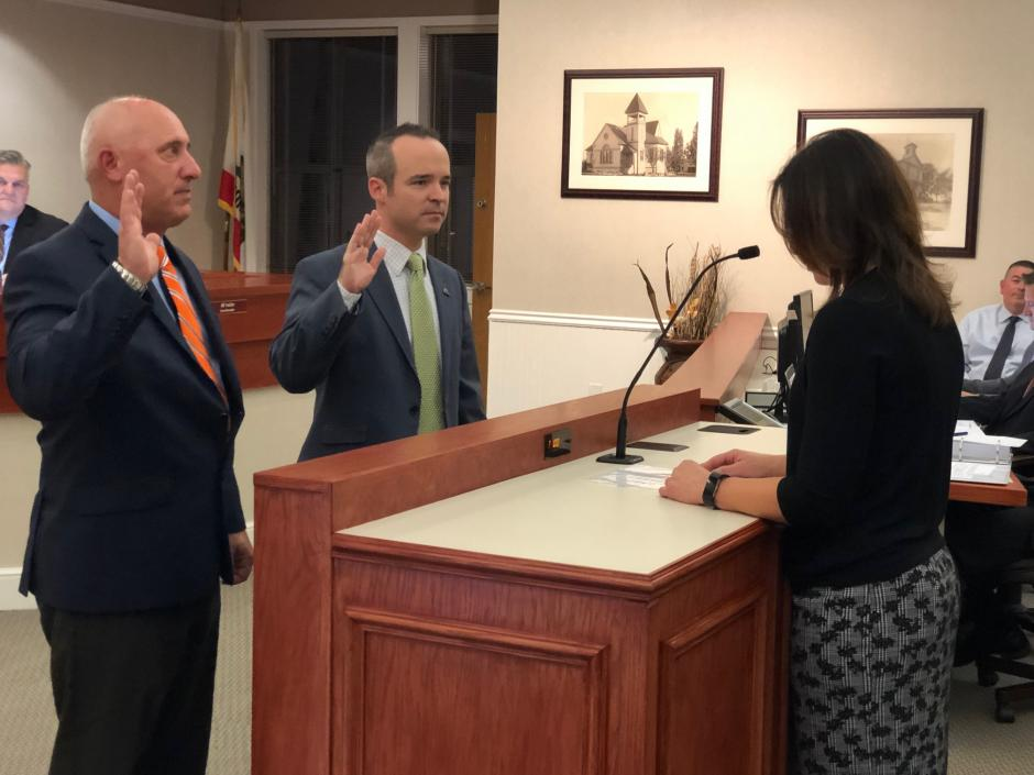 Vice-Mayor Greg Janda, left, and Mayor Joe Patterson and sworn in to their roles for 2019.